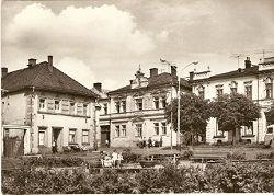 Horní Benešov - Mírové náměstí (Zemědělské odborné učiliště) - okr. Bruntál