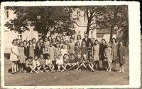 Jemnice, škola - 3. třída s učitelkou