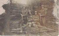 Vojáci v zákopu - 1. svět. válka