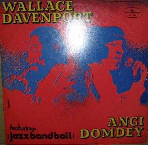 W. Davenport a A. Domdey