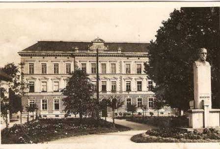 Holešov - chlapecká škola